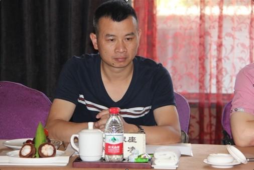 餐饮行业总经理_省餐饮行业协会副会长,湖州金座银座大酒楼总经理林庆凌